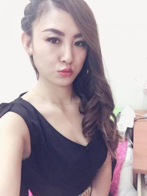 Cheap independent escort Happy Malaysian charges QAR 2000/hr